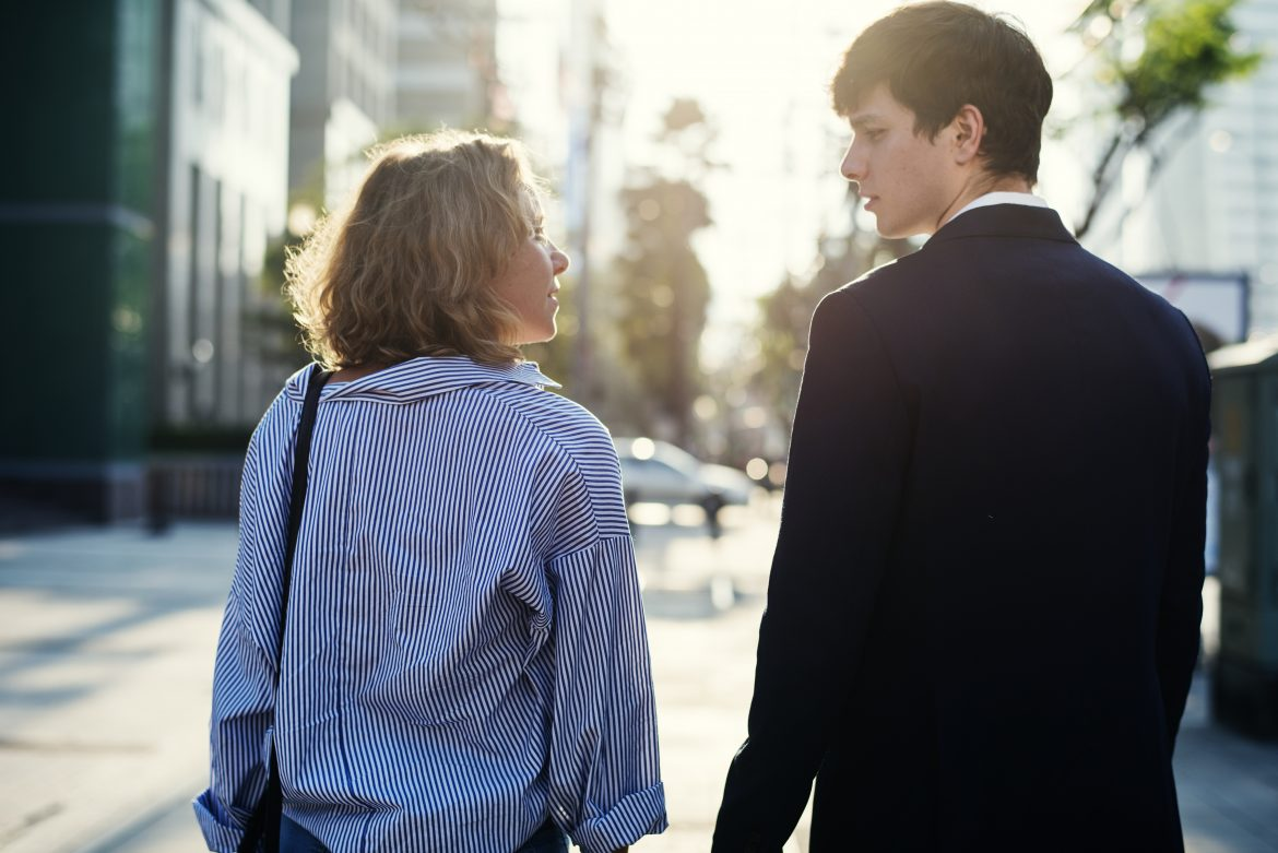 Non-Verbal Communication in Relationships